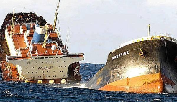 Presentada en Muxía la carta náutica del Prestige, 18 años después de su hundimiento