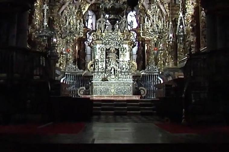 La catedral de Compostela vacía