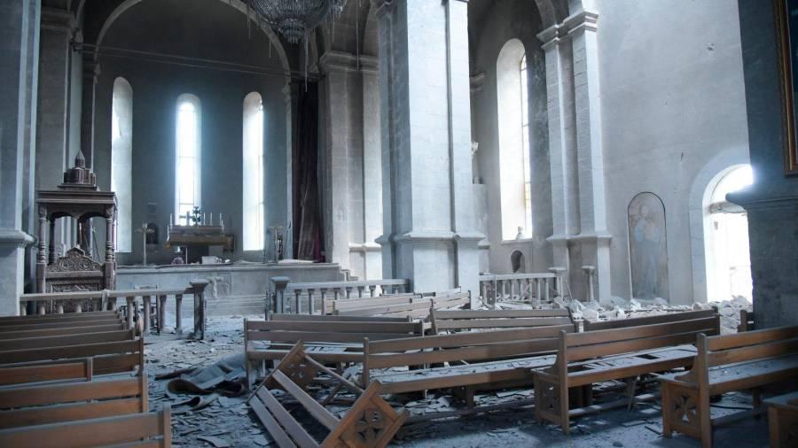 La catedral bombardeada